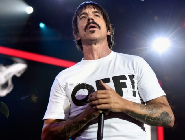 Anthony Kiedis Wife, Girlfriend, Dad, Son, Height, Age, Is He Gay?