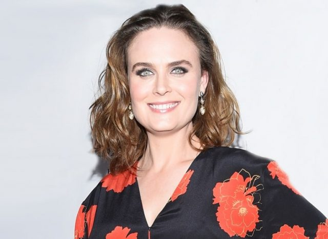Emily Deschanel Biography, Net Worth, Husband, Children and Family Life