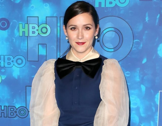 Shannon Woodward Bio, Wiki, Dating, Boyfriend, Net Worth, Family