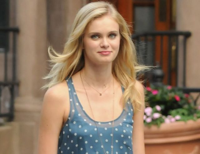 Who Is Sara Paxton? Her Parents, Height, Boyfriend, Family, Other Facts