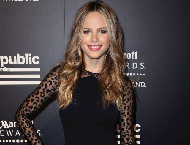 Who Is Halston Sage, Her Age, Height, Boyfriend and Other Facts