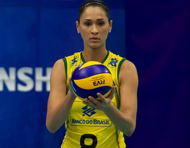 Who Is Jaqueline Carvalho, The Beautiful Brazilian Volleyball Player?