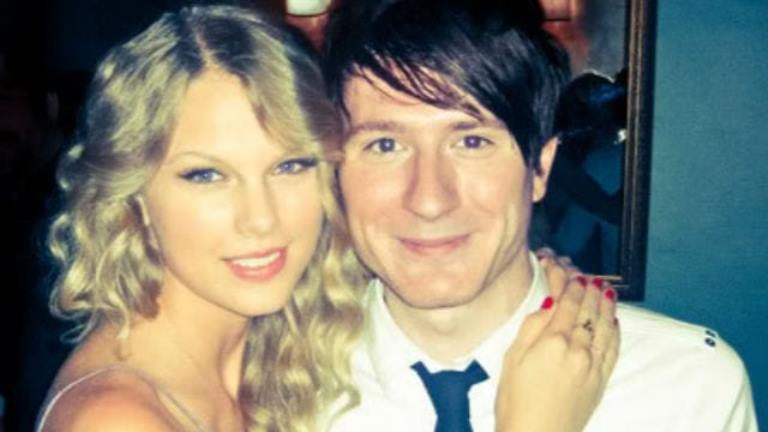 Taylor Swift's List of Ex-Boyfriends: Who Has She Dated In the Past?
