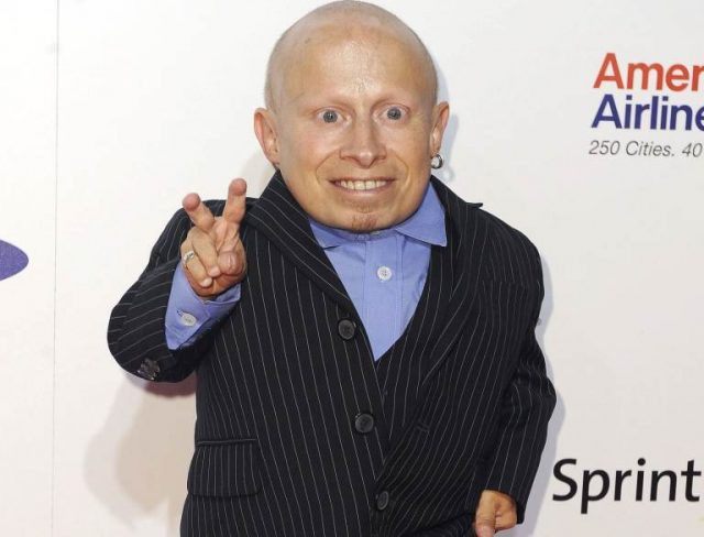 Verne Troyer Bio, Wife, Girlfriend, Kids, Parents, Height, Age, Cause Of Death