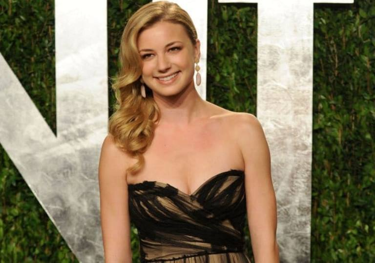Emily Vancamp Bio, Husband, Is She Married or Engaged To Joshua Bowman