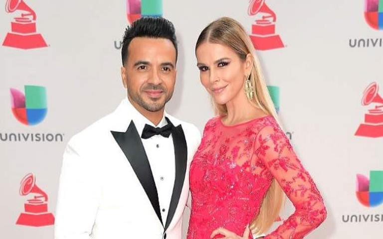 Luis Fonsi – Bio, Wife – Águeda López, Age, Height, Net Worth, Other Facts