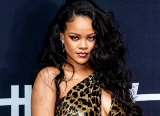 Rihanna's Height Weight Measurements And Weight Gain